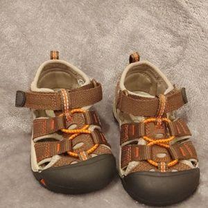 Keen Newport H2 Washable Sandals